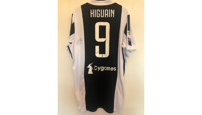 Higuain's Official Juventus Signed Shirt,  2017/18
