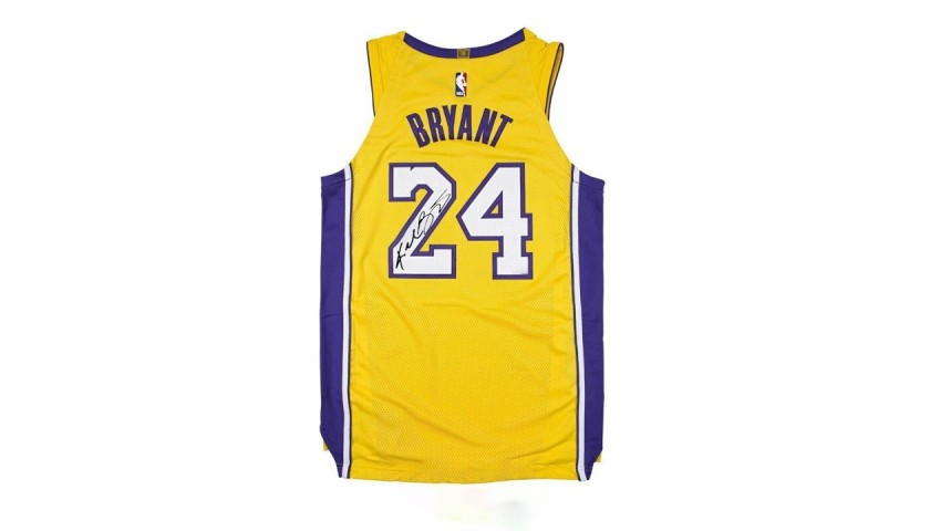 Kobe Bryant Lakers Jersey with Digital Autograph - CharityStars