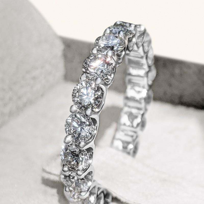 Eternity Diamond Ring set in White Gold 14K