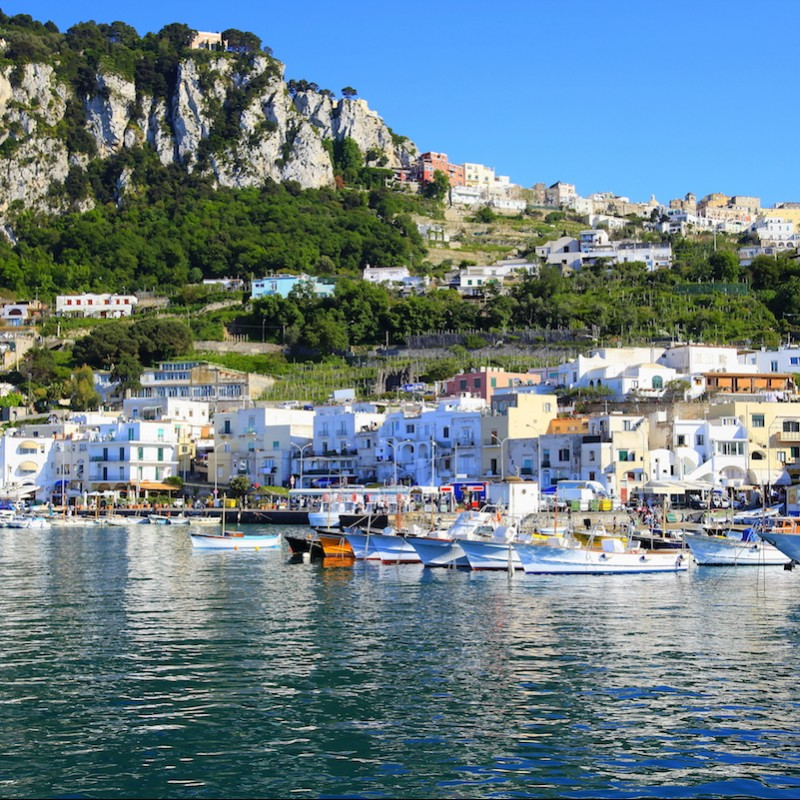 Idyllic Isle of Capri Escape