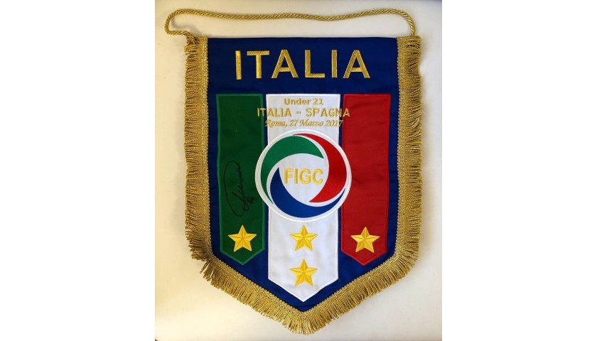 Official Pennant Italy-Spain 2017 - Signed by Chiesa