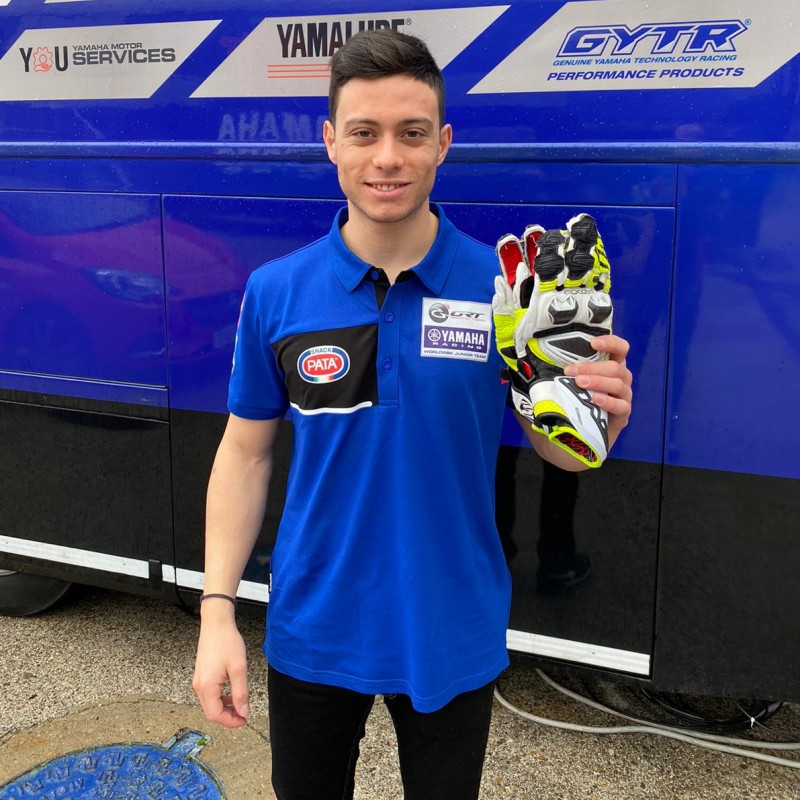Five RFX Race Gloves Worn and Signed by Federico Caricasulo