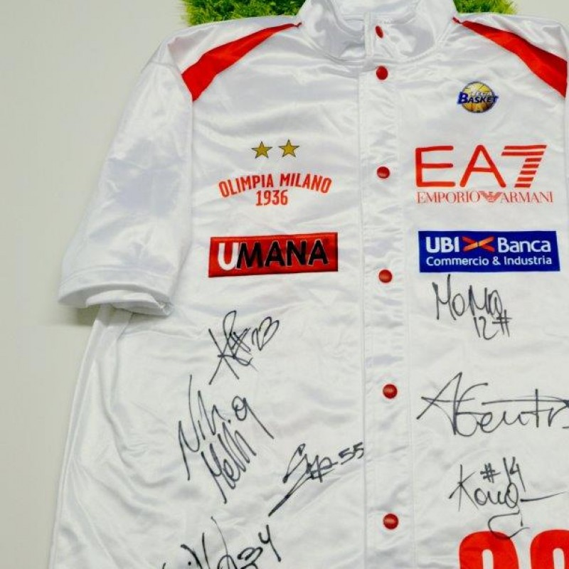 Olimpia Milano jacket signed by the team