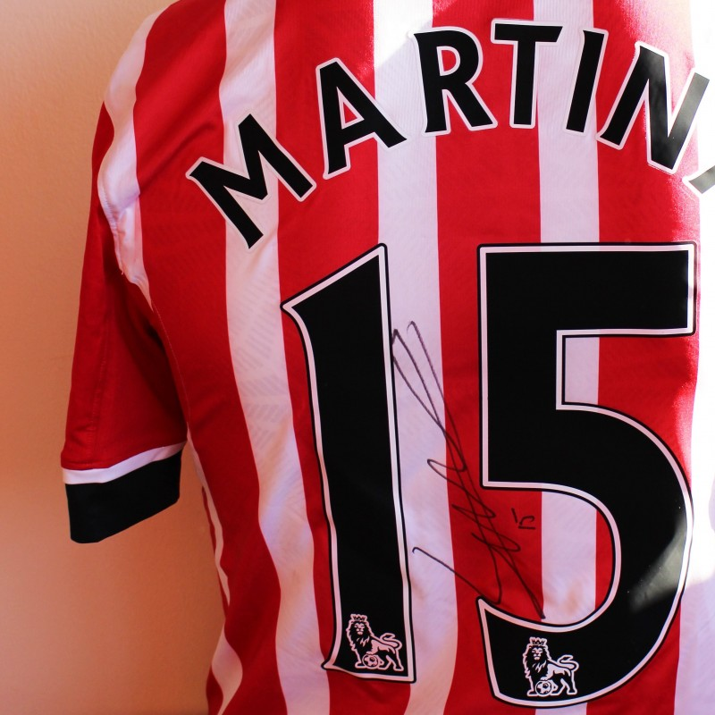 d35d0b324 Cuco Martina s Match Worn and Signed Southampton FC Poppy Shirt from ...