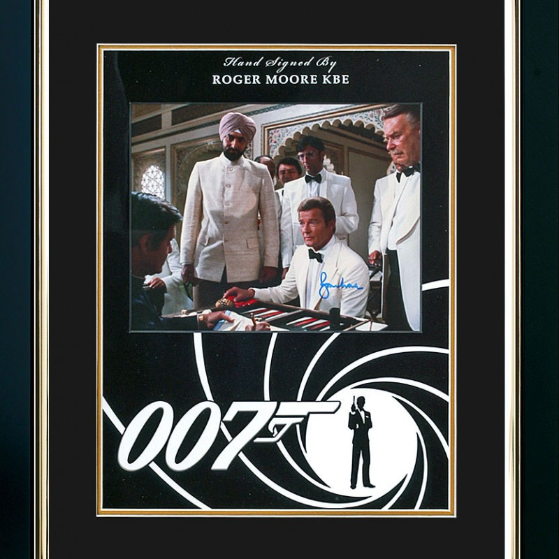 Sir Roger Moore Signed James Bond Presentation