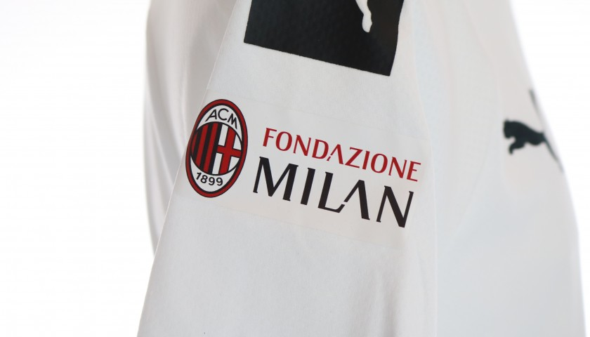 Official AC Milan Shirt, 2019/20 - Signed by Massaro