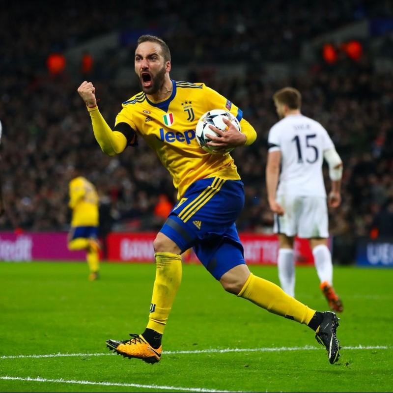 Higuain's Juventus Unwashed Match-Worn UCL 2017-18 Shirt