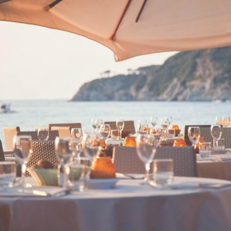 Enjoy 2 Nights at the Hermitage Hotel, Elba Island