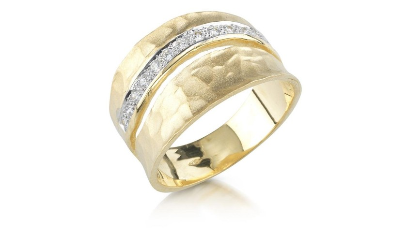 14 Karat Yellow Gold Matte and Hammered-Finish Ring