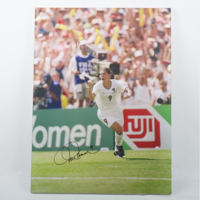 Mia Hamm United States Maxi-Photo - Signed