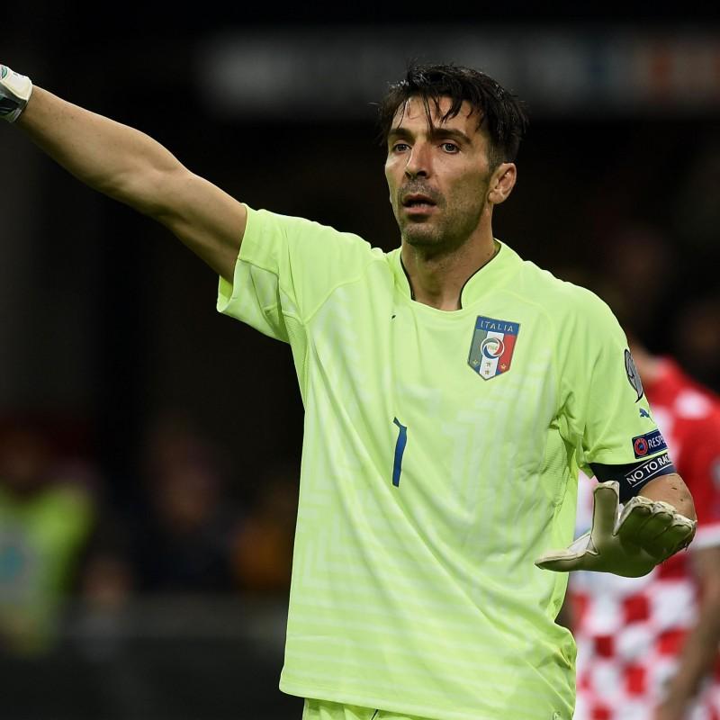 Buffon's Match-Issue/Worn Shirt, Euro 2016 Qualifiers