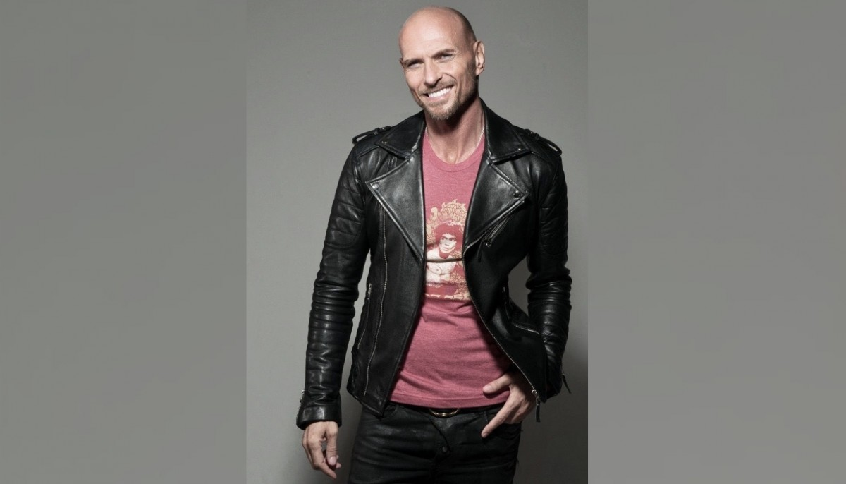 Win a Personalised Christmas Message from Luke Goss
