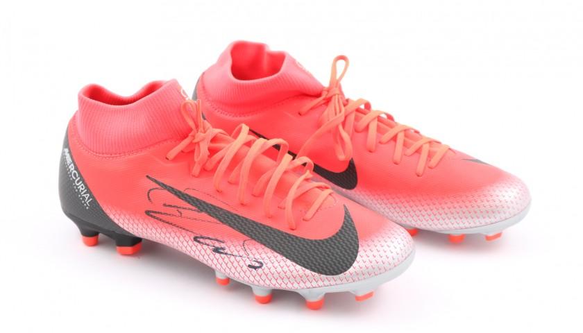 scarpe sportive cc22c 5bdbf Scarpe Nike Mercurial CR7 - Autografate da Cristiano Ronaldo - CharityStars