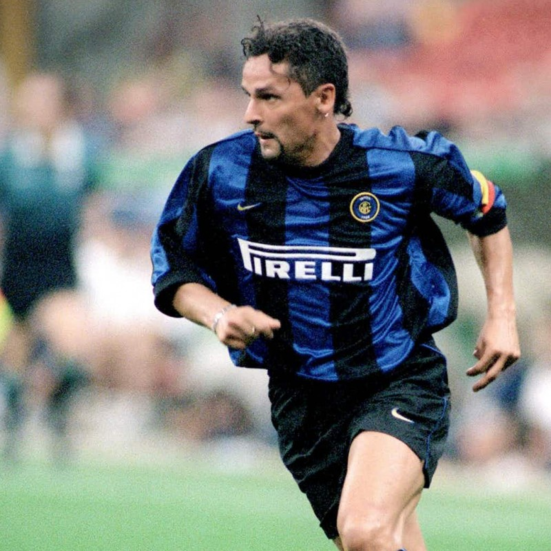 Baggio's Official Inter Signed Shirt, 1999/00