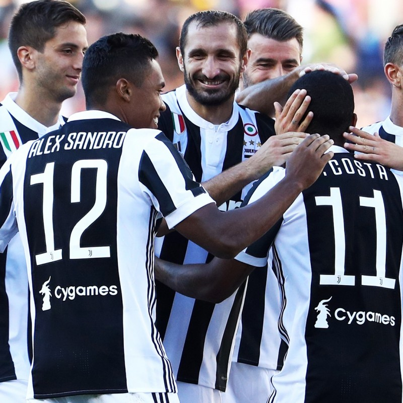 Watch the match Juventus-Chievo from Front Row Seats with Hotel Room Included