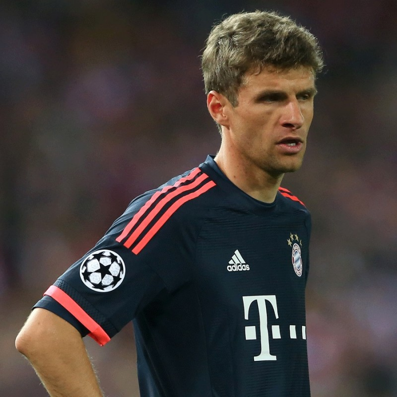 Muller's Bayern Munich Shirt, Issued/Worn CL 2015/16