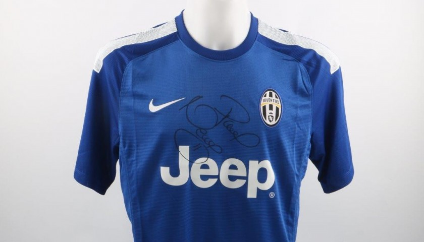 premium selection 6f0f1 bac20 Juventus 14/15 training shirt, signed by Pavel Nedved - CharityStars