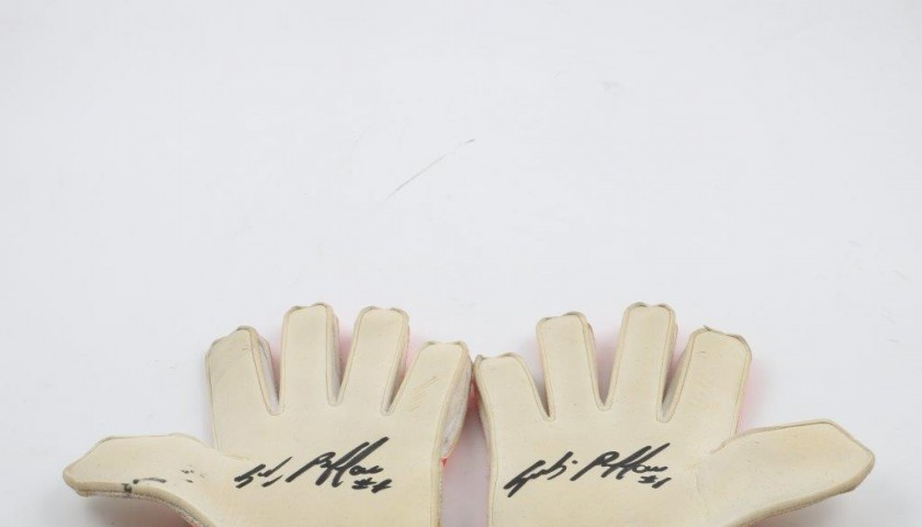 Buffon Juventus gloves, worn and signed