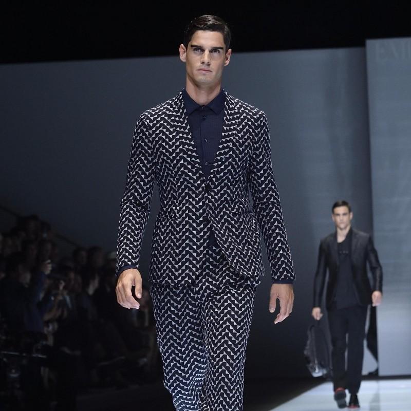 Attend Giorgio Armani Fashion Show A/I 17/18 | 2 seats