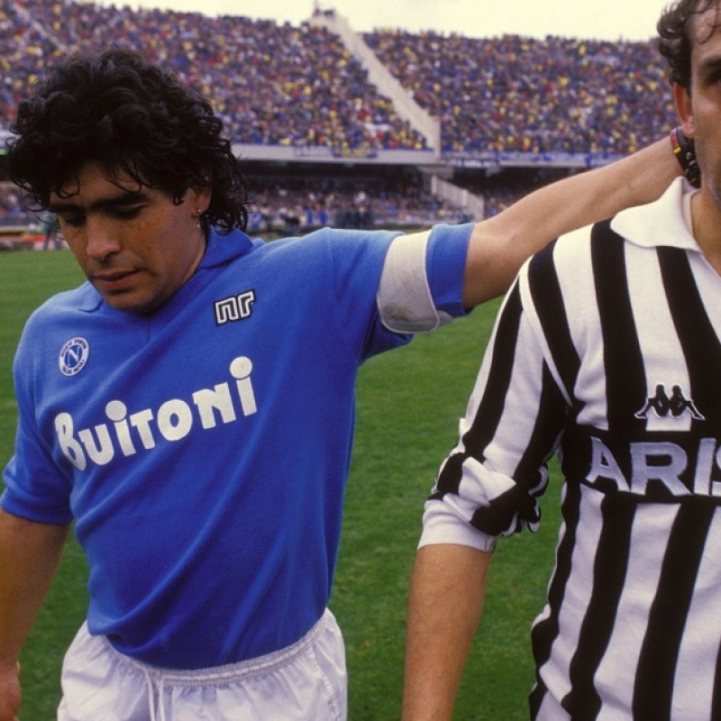 Match worn Platini Juventus shirt, worn in the 1984/1985 season
