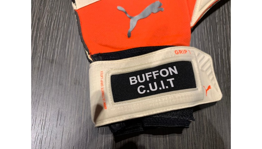 Buffon's Signed Match-Issued Gloves, 2019/20 Season