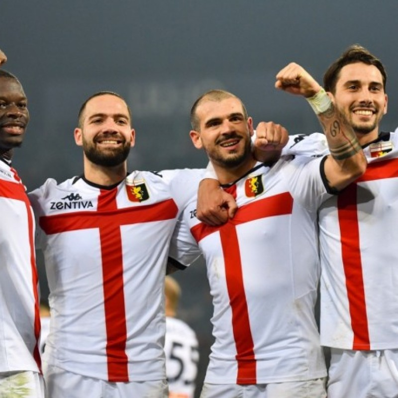 Sturaro's Genoa Match-Issued Signed Shirt, 2019/20