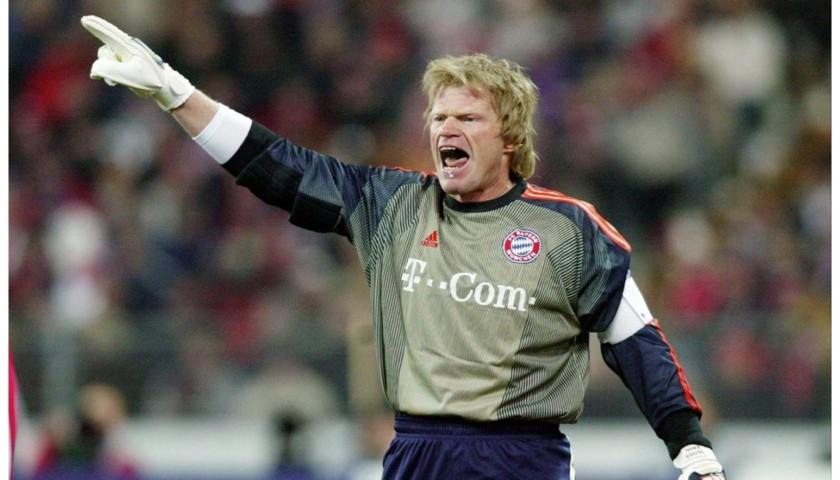 Kahn's Official Bayern Munich Signed Shirt, 2003/04