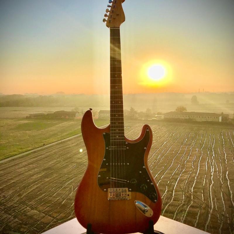 Eugenio Finardi Handcrafted Guitar