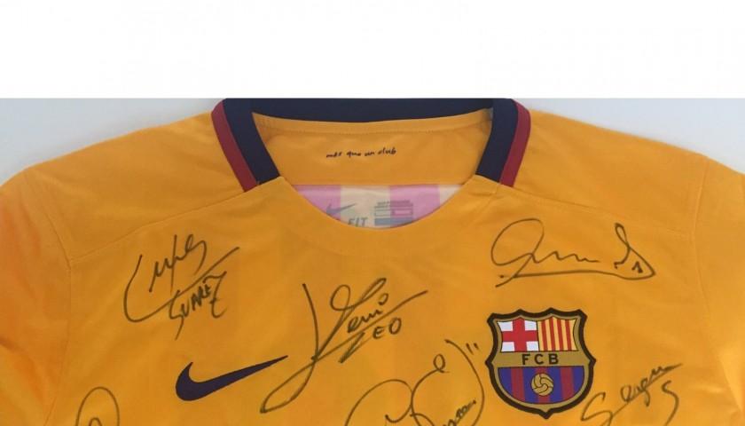 Messi Barcelona shirt, season 2015/2016 - signed by the team