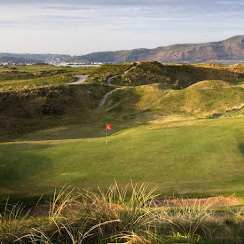 4 Ball Golf Package at The Vale Resort, Wales