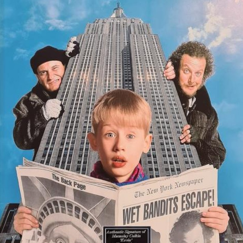 Macaulay Culkin Signed Home Alone Poster