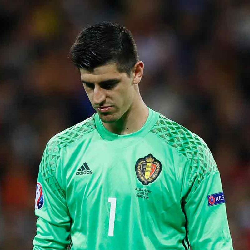Courtois' Issued Belgium-Italy Shirt, Euro 2016