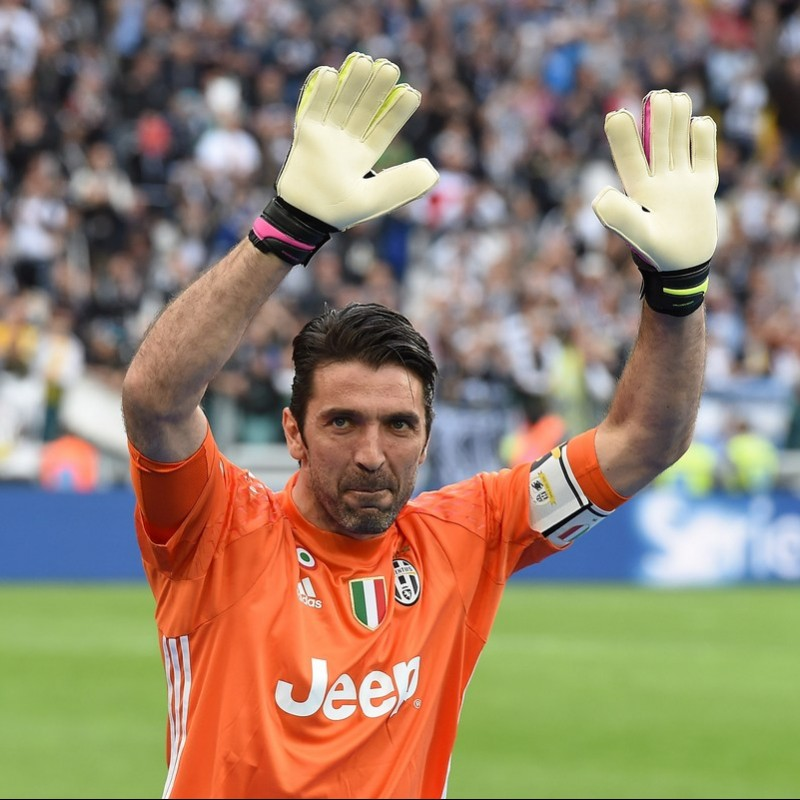 Buffon's Juventus Match Shirt, TIM Cup 2016/17