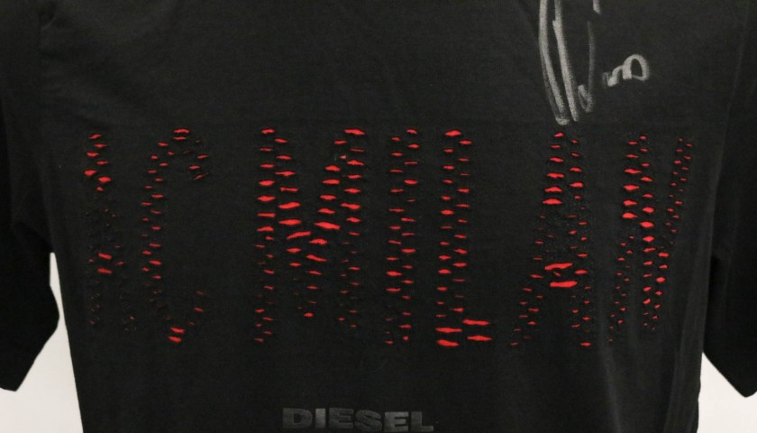 Diesel x AC Milan T-Shirt Signed by the Players  - Size M