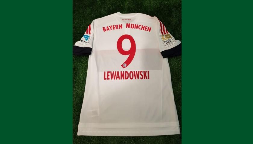 best sneakers c7cdb d6d02 Lewandowski's Bayern Match-Issue/Worn Shirt, 2015/16 - CharityStars