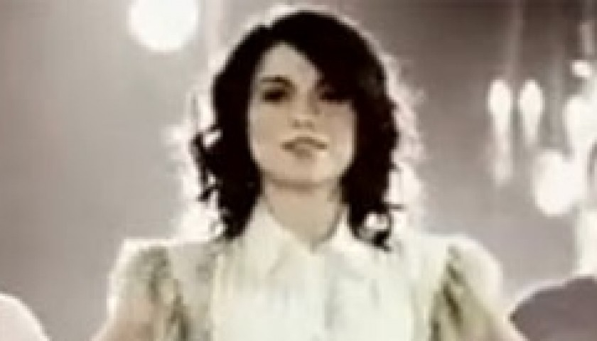 Shirt worn by Dolcenera in Il mio Amore Unico official video