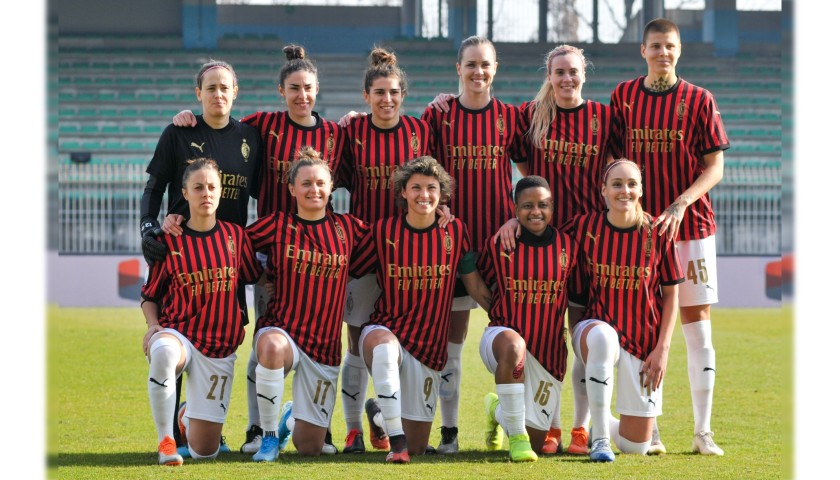 Mária Korenčiová will Give You the Shirt She Wore for the Milan Derby