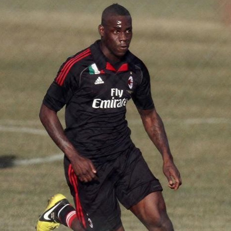 Balotelli's Official Milan Signed Shirt, 2012/13