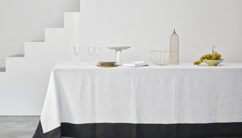 Made-to-Measure Pure Linen Tablecloth - Linea Adelede-to-Measure Pure Linen Tablecloth - Linea Adele