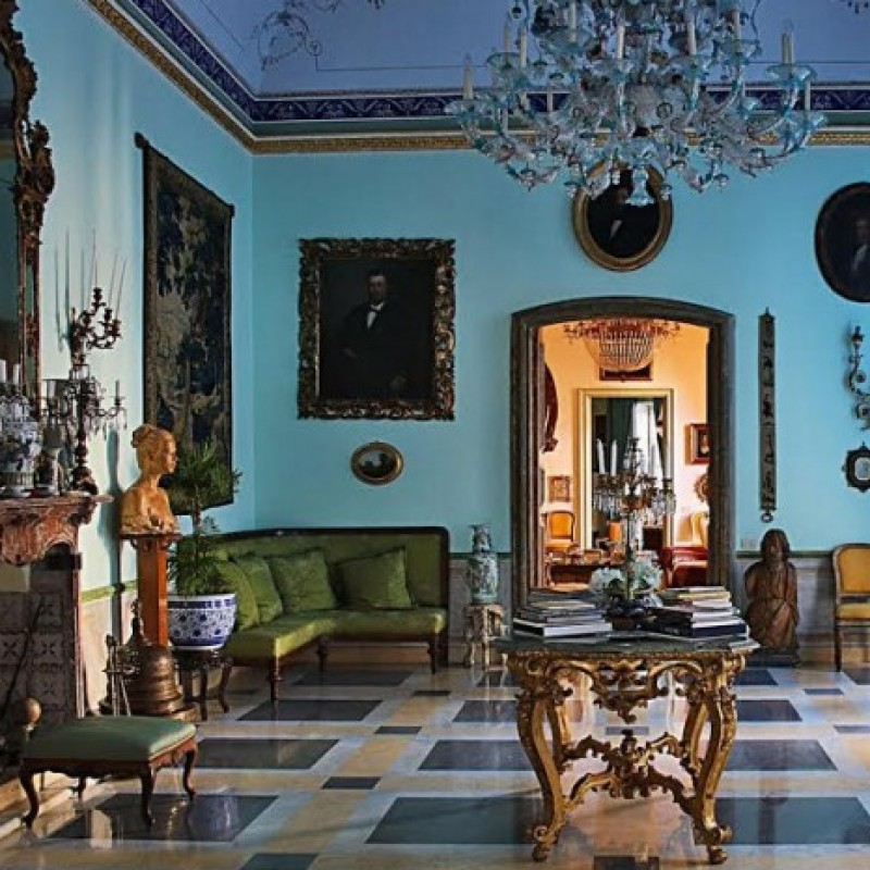 "A night at ""La Bella Palermo Home Museum in Italy"""