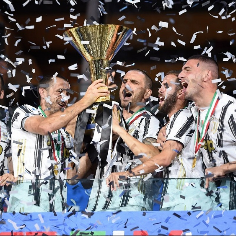 Juventus Celebratory T-Shirt, 2020 - Signed by the Players