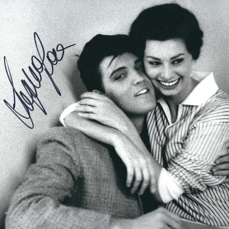 Sophia Loren Signed Photograph