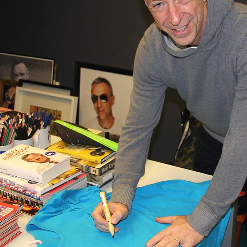 Linus signed t-shirt - SUN68 & Love for Music