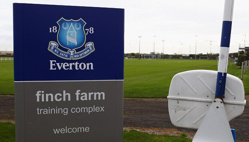 VIP Everton FC Experience for 4 with Training, Lunch and a Signed Shirt