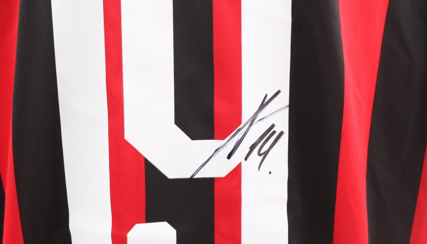 Piatek's Official AC Milan Signed Shirt, 2018/19