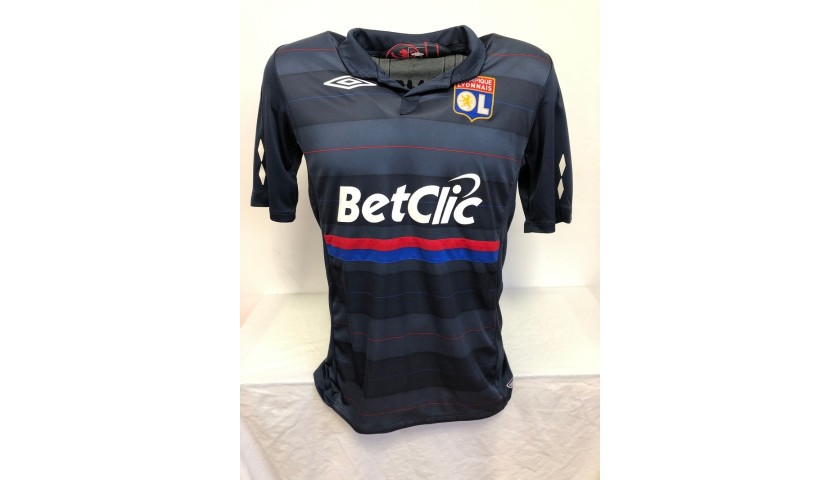 Lopez's Official Lyon Signed Shirt, 2009/10