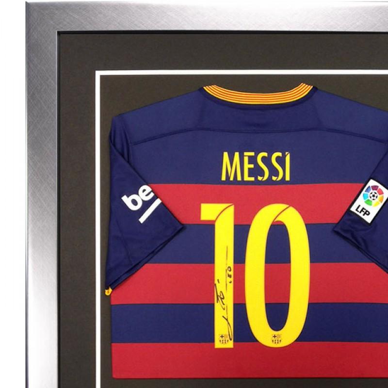 Signed Lionel Messi Barcelona 2015-16 Shirt - Framed Deluxe Display