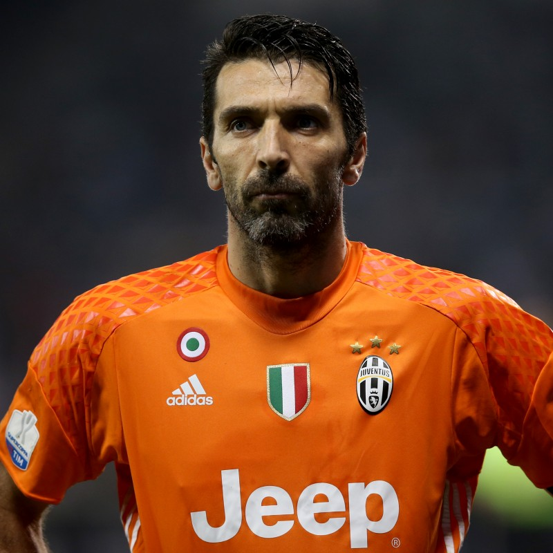 Buffon's Juventus Match Shirt, Supercoppa Doha 2016