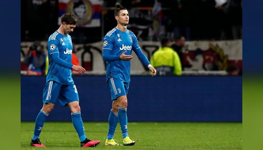 Ronaldo's Official Juventus Shirt, 2019/20 - Signed