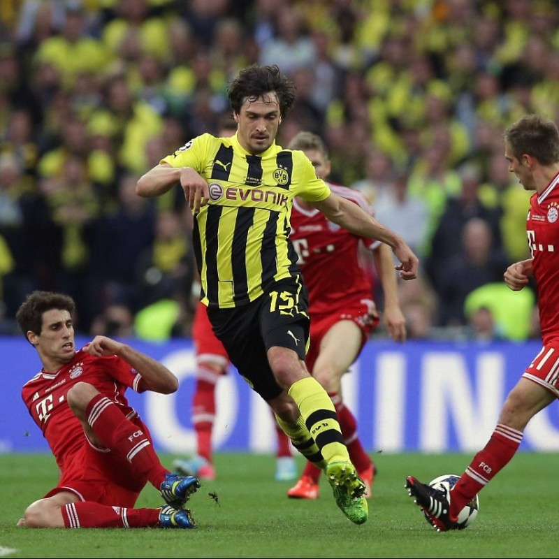 Hummels' Borussia Dortmund Match-Issue Wembley 2013 Final Shirt